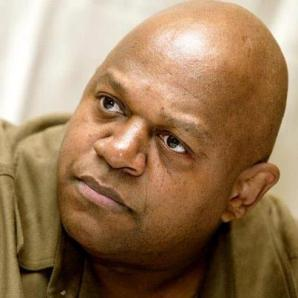 "Charles ""Roc"" Dutton"