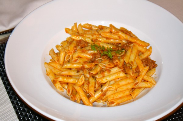 Penne Regete with Bologanase Sauce