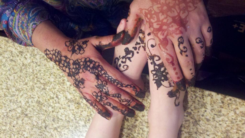Eid Mubarak henna