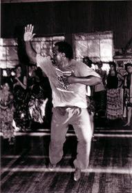 Malonga_dancing_1