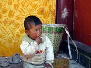 chinese-kid-smoking