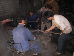 Hammerng by hand