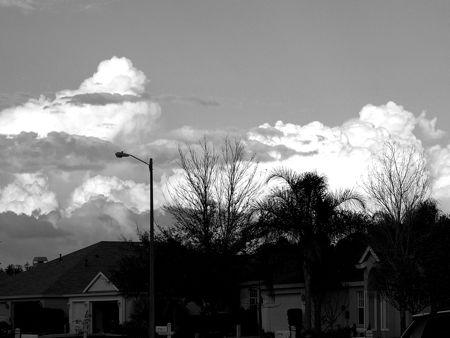 clouds2bw.jpg