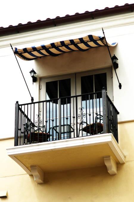 040708-balcony.jpg