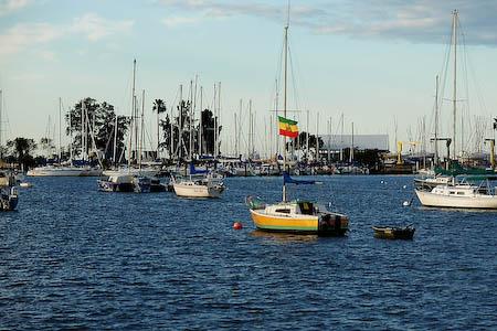 041208-orange-boat.jpg