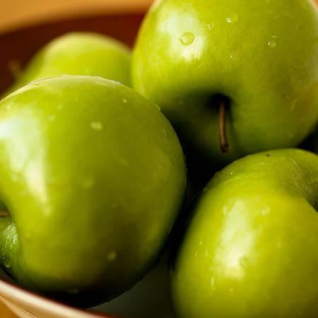 051008 apples.jpg