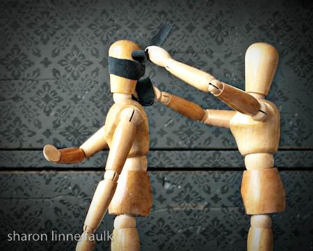 040209-blindfold