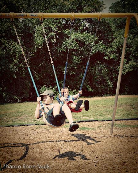 052609-swings