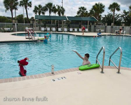 060409-pool