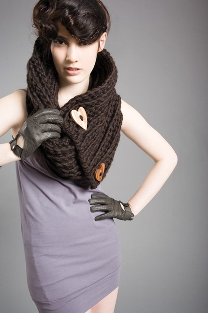 Chunky Cowl /Scarf  CHOCOLATE BROWN with Heart Buttons