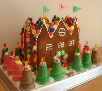 gingerbreadcastle5.JPG