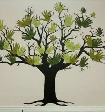 family-tree-4-handprints.jpg