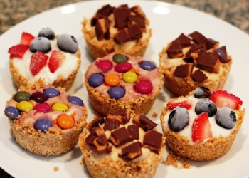 stonyfield-yogurt-tarts.jpg