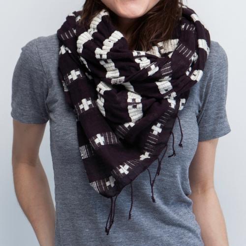 Genet-scarf.jpg