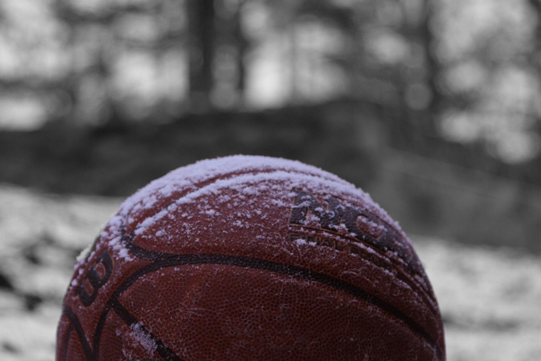 ball in snow.jpg