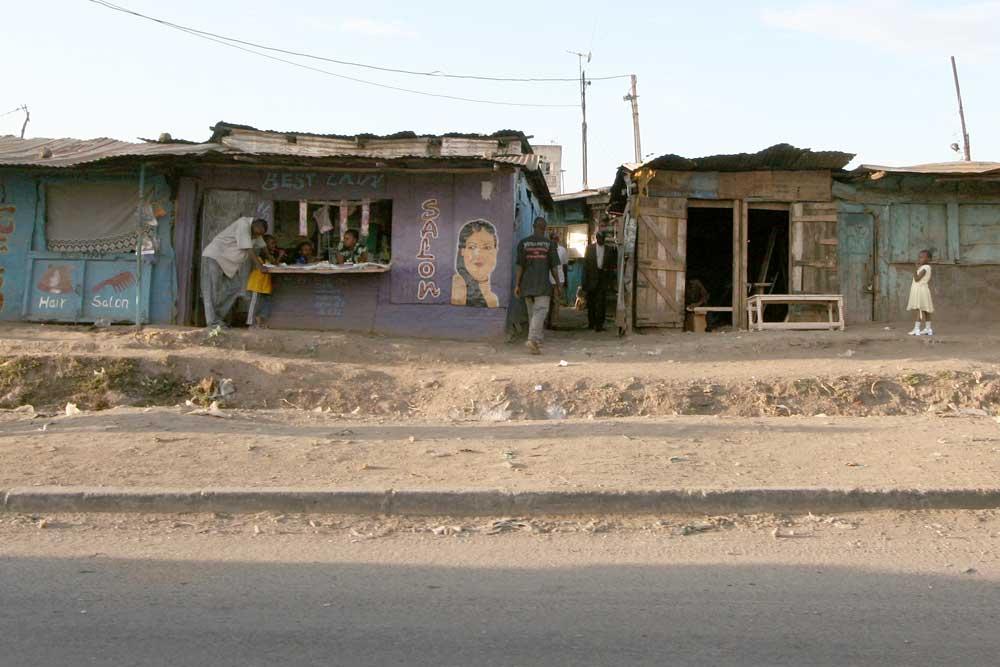 street-scene-best-lady-salo.jpg