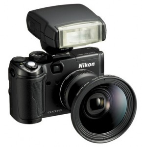 CoolPix P6000: Small but flexible