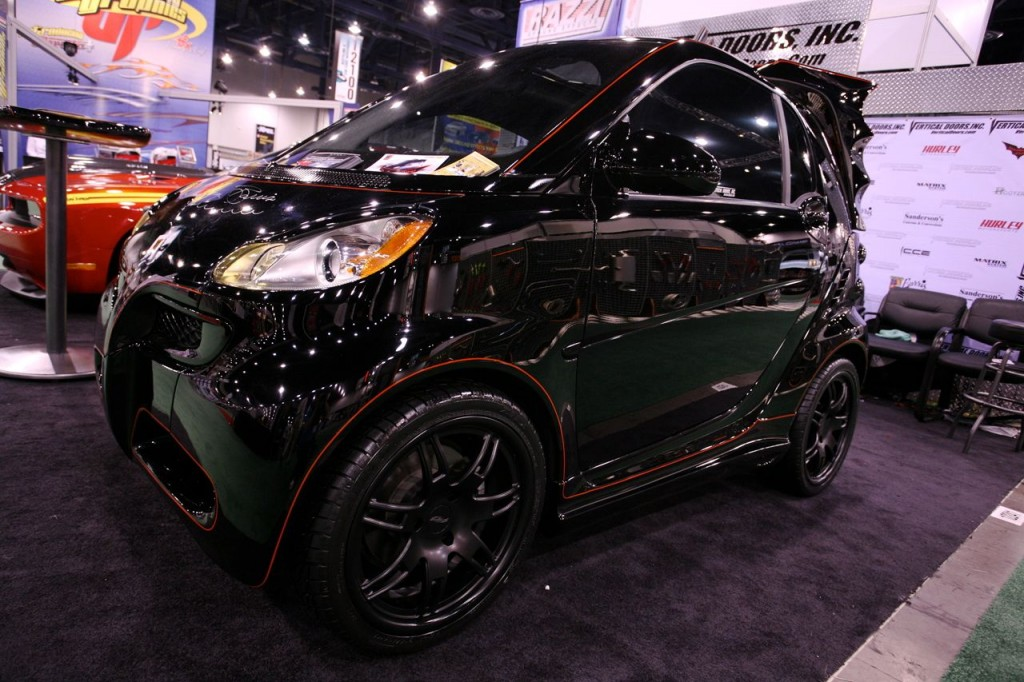 bat-mobile-smart-car-1