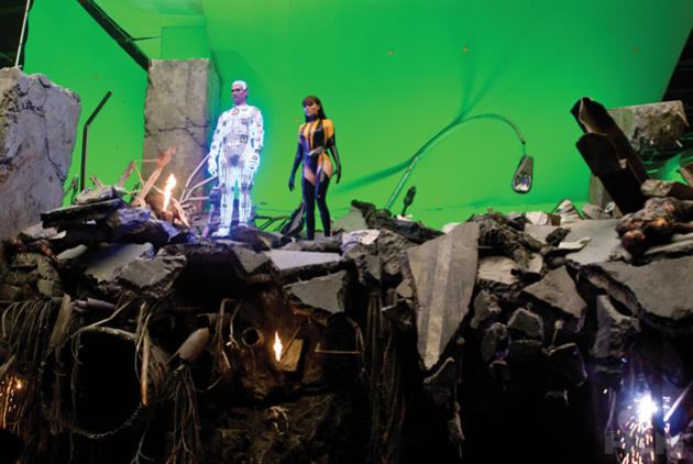 unseen images from watchmen the film companion � geektyrant