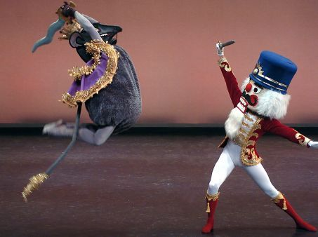 THE NUTCRACKER_DAVID & NICHOLAS SCHULTZ