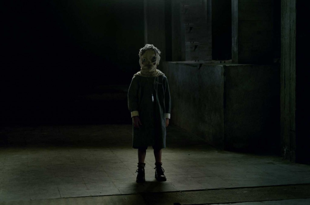 2007_the_orphanage_001