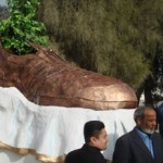 shoe-monument1