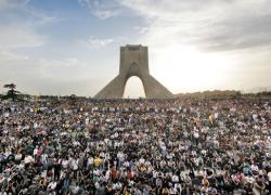 IRAN DEMOS AZADI