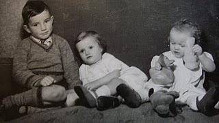 [Chris+Mum+Heather+1952.JPG]