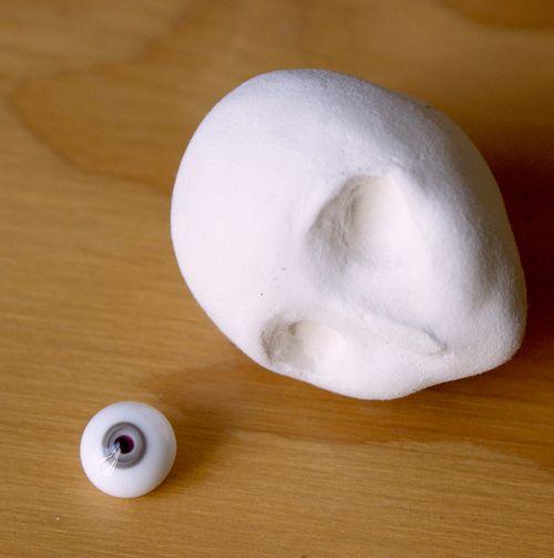 Head eye