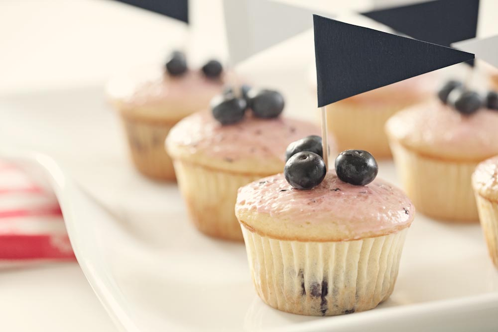 blueberry hill cupcakes, and a happy 4th to you! — Bella Eats