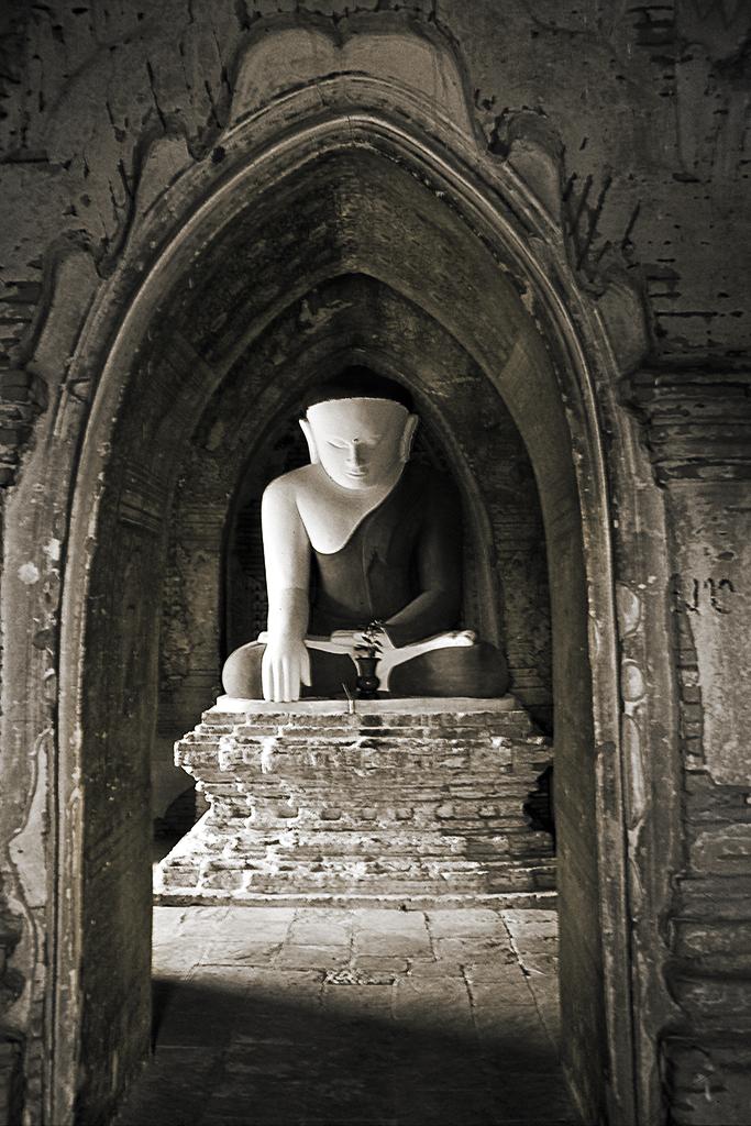 Buddha Statue_Bagan_Myanmar