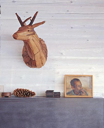 cindy-diprima-prop-styling-pine-cone-wood-deer-antlers-mantle