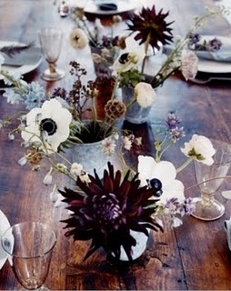 flower-arrangements-on-table-thistle
