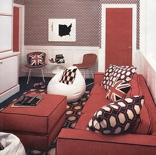 70s-dining-room-red-couch