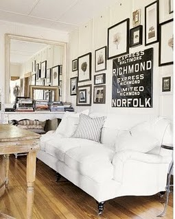 white-couch-black-and-white-gallery-wall
