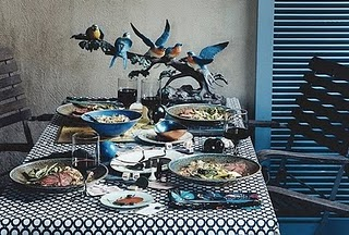 blue-table-cloth-dishes