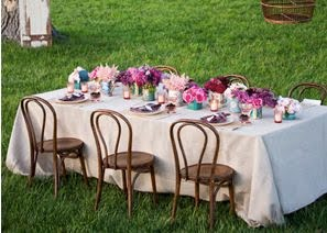 flower-arrangements-table