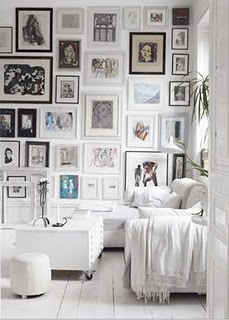 gallery-wall-white-hardwood-floors-white-couch