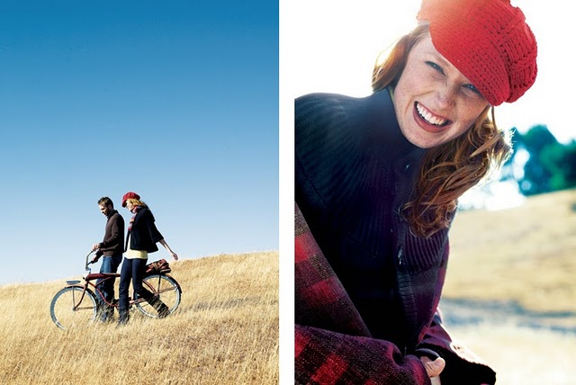 fashion-lifestyle-bicycle-field