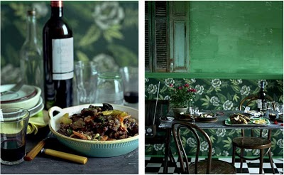 table-scape-green-wall-wine