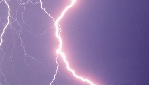 lightening-in-the-sky-10008972-cb.jpg