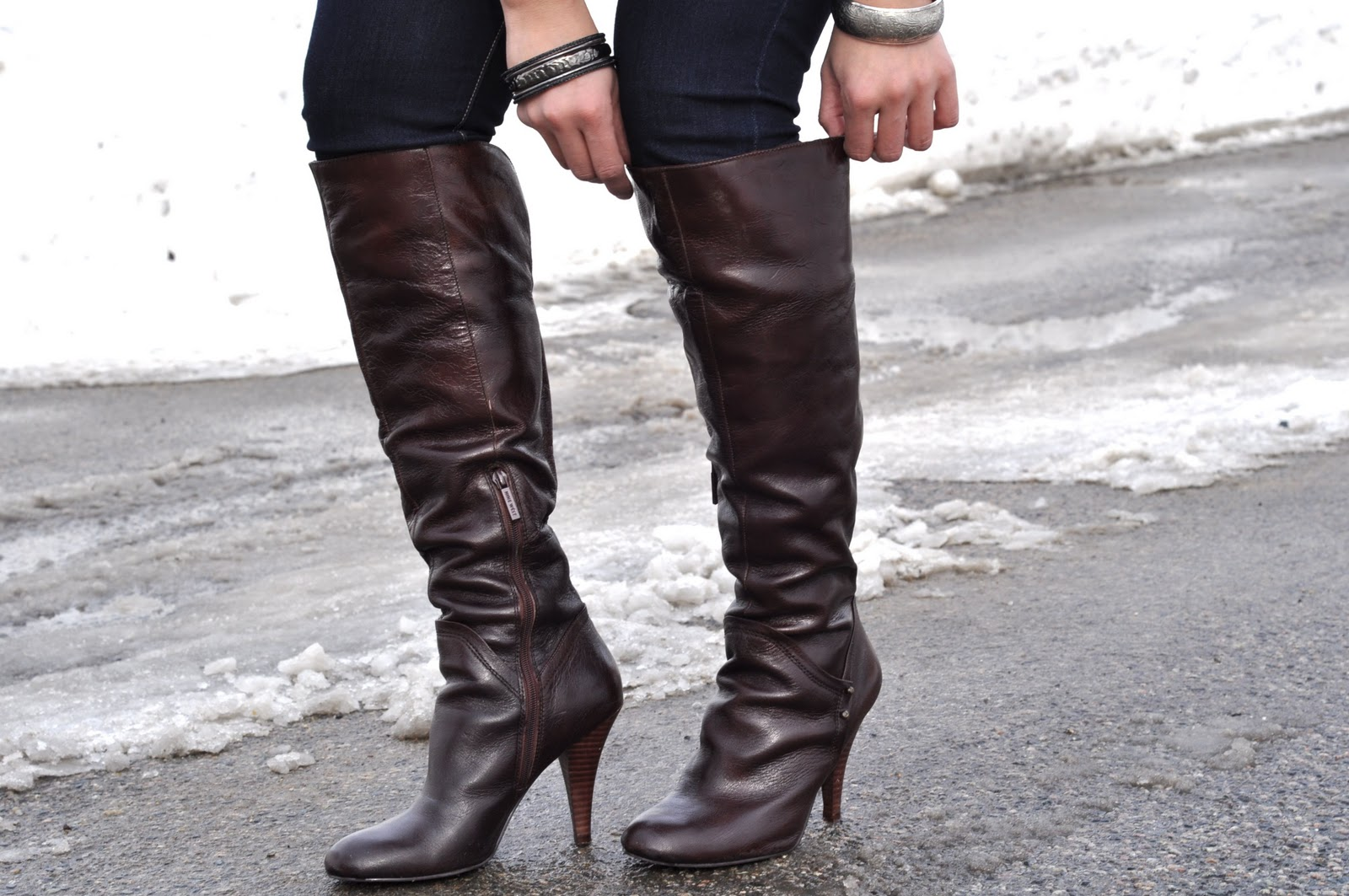 how to wear high heel boots