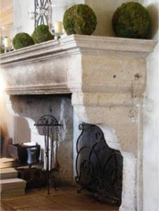 Moss balls on Mantel Decor de Provence
