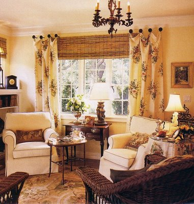 Christine fife interiors design with christine julia 39 s for Casual curtain ideas for living room