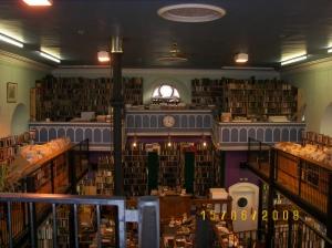 Leakey\'s Secondhand Bookshop1