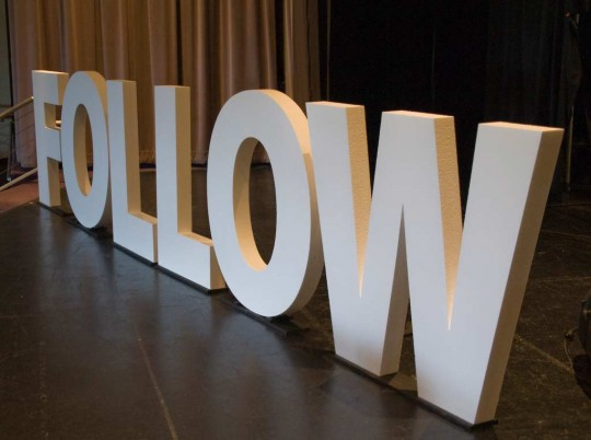 follow-20