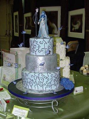 Cake Wrecks - Home - Sunday Sweets: Spooktacular Wedding Cakes