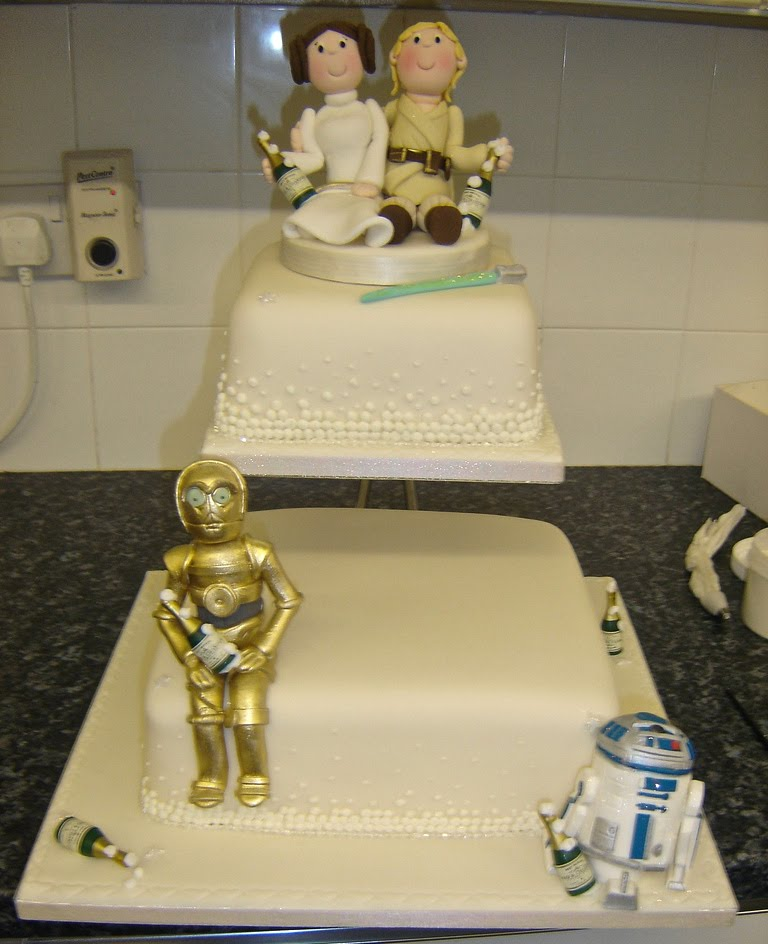 Star Wars Wedding Cake: Star Wars Sweets