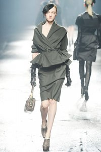 Lanvin Fall 2009 RTW, photo courtesy of www.style.com