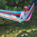 garden-hammock-woman